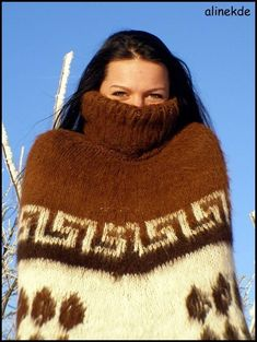 Turtleneck Outfit, Sweater Outfits, Handgestrickte Pullover, Knitted Cape, White Face Mask, Angora Sweater, Shawls And Wraps, Catsuit, Wool Coat