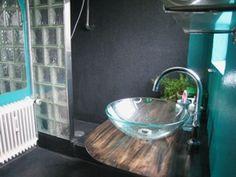 Badeværelse med vinyl og glasvæg (1. sal)