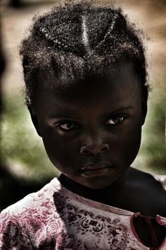 Her black is beautiful, her eyes are gorgeous. Never mind the seriousness she is still cute . Precious Children, Beautiful Children, Beautiful Babies, Beautiful People, Kind Photo, Foto Portrait, My Black Is Beautiful, Black Kids, Black Child