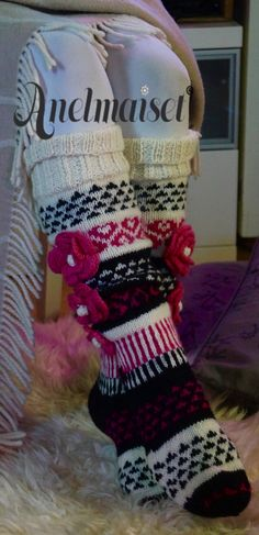 Knitting Stitches, Knitting Socks, Hand Knitting, Knit Socks, Thigh High Socks, Thigh Highs, 4th Of July Wreath, Christmas Stockings, Something To Do