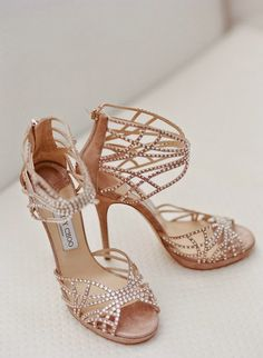 Five Steps to Help You Choose Beautiful and Comfortable Wedding Shoes.  |  Read more: http://simpleweddingstuff.blogspot.com/2015/02/five-steps-to-help-you-choose-beautiful.html