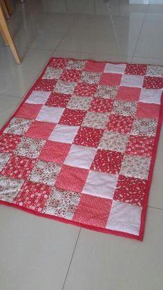 super ideas for patchwork quilt baby girl sew # patchwork quilts baby girl Quilt Baby, Baby Quilts Easy, Baby Patchwork Quilt, Baby Girl Quilts, Boy Quilts, Girls Quilts, Patchwork Kitchen, Scrappy Quilts, Beginner Quilt Patterns
