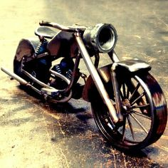 Segunda custom #moto #motorbike #custom #indianmotorcycle #metal #artmetall #metalart #weldingart