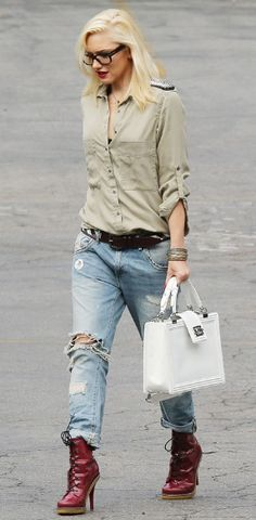 Simple look... easy to do with all of our great basics here! And... Gwen Stefani is just amazing! celebrities fashion, boyfriend jeans, gwenstefani, gwen stefani, street styles, denim, boots, rocker chic, boyfriends