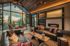 A mountain modern, lodge-like ski-in/ski-out getaway was designed by architect Lezley Barclay along with Aspen Leaf Interiors in Lake Tahoe, California.