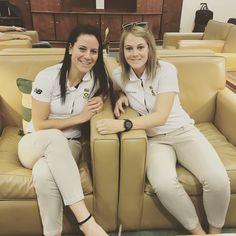 "Marizanne Kapp on Instagram: ""#WWC17 #momentumproteas 🇿🇦🏏 God is good!"" Van Niekerk, God Is Good, My Passion, Cricket, Khaki Pants, Instagram, Fashion, My Crush, Moda"