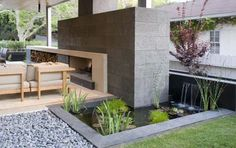 Hover-house-small-pond-design.jpg 600×377 pixels