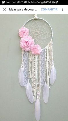 J U S T M: Maneras Creativas de agregar flores a tu decoración Más Homemade Crafts, Diy And Crafts, Crafts For Kids, Arts And Crafts, Indian Crafts, Crafty Craft, Unicorn Party, Suncatchers, Diy Art