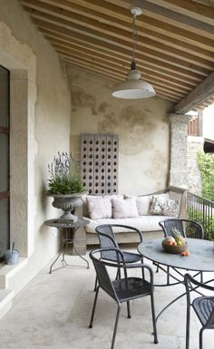 Patio. Love the potted lavender.