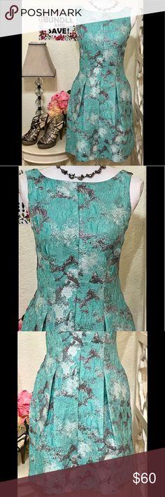 🌹ADIAN MATTOX🌹 ABSOLUTELY EXQUISITE ADIAN MATTOX🤩💖 GORGEOUS AQUA BROCADE FROCK with SPLASHES of RAISED SILVER throughout. STUNNING!! 2 deep pleats in front/back. Hidden side pockets. Hidden back zipper. BEAUTIFUL-WORN ONCE🌺🌸 Aidan Mattox Dresses