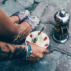 It's Tea Time me thinks.  #forgoodluck #shoes #summer #greentea #freshmint #webshop ---> forgoodluck.se : @krickelin  model : @mirandarebecca