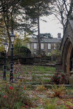 Bronte Parsonage, Home of the Bronte sisters in Haworth, England Charlotte Bronte, Little Britain, Great Britain, Yorkshire Dales, West Yorkshire, The Places Youll Go, Places To Visit, Emily Brontë, Bronte Parsonage