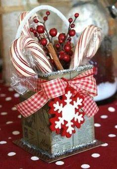 My beautiful Christmas dinnerware from Kohl's- St. Nicholas Square ...