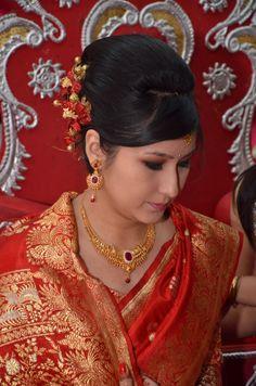 Bridal hairstyle and make-up