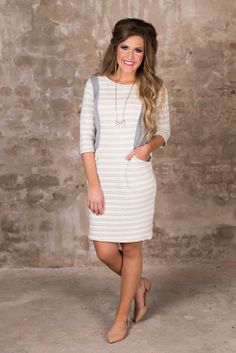 A Day In Charlotte Dress - Ivory/Gray