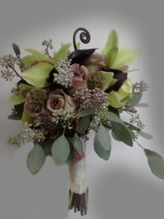 Olive Green Hand Held Bridal Bouquet by Twig Floral Designs, Carbondale, Illinois www.twig-designs.com Jonathan Reiman, Designer