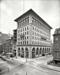 "New York circa 1906. ""Gorham Co. building, Fifth Avenue and 36th Street."" New headquarters, designed by Stanford White, of the noted silver-making concern. 8x10 inch dry plate glass negative, Detroit Publishing Company."