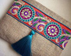Evening clutch bag womens ethnic bag, boho bag, bohemian clutch, clutch purse, mother's day gift – Famous Last Words Floral Clutches, Floral Bags, Jute Fabric, Fabric Bags, Pochette Diy, Sacs Design, Boho Bags, Handmade Bags, Handmade Clutch