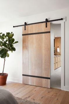 Barn door design fixer upper 28 ideas for 2019 Modern Sliding Doors, Sliding Door Systems, Modern Front Door, Front Door Design, Sliding Barn Door Hardware, Front Doors, Modern Barn Doors, Modern Door Design, Diy Sliding Door