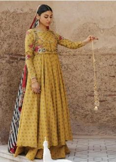 Designer Wear, Designer Dresses, Designer Clothing, Frock Design, 3 Piece Suits, Pakistani Dresses, Pakistani Suits, Print Chiffon, Summer Collection