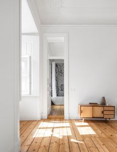 Sunny and spacious NANA apartment from rar.studio - decoration house - Sunny and spacious NANA apartment from rar. House Design, House Styles, Home And Living, Interior Design, House Interior, Home, Interior, Natural Wood Flooring, Home Deco