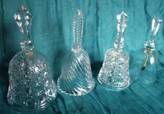 Check out this item in my Etsy shop https://www.etsy.com/listing/497660265/exquisite-vintage-crystal-bells-in