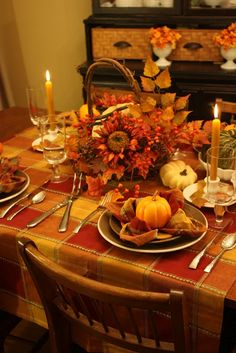 Sweet Something Designs: Autumnal Tablescape