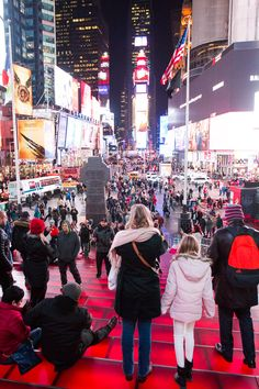 Things to do in NYC with kids. Get amongst the carziness of Times Square. #NYC #NewYorkCity #TimesSquare