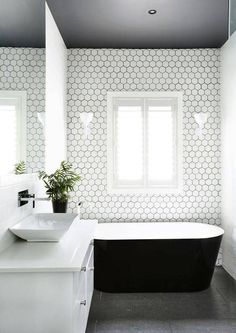 Amazing 51 Beautiful Subway Tile for Master Bathroom Renovation http://toparchitecture.net/2018/03/23/51-beautiful-subway-tile-for-master-bathroom-renovation/