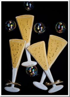 The one and only Pink Martinis & Pearls has created more nifty cookies! champagne cookie party favors
