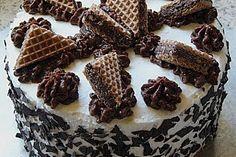 Hanuta - Torte (Rezept mit Bild) von alina1st | Chefkoch.de German Cake, Crazy Cakes, Sweet Cakes, Cakes And More, Beautiful Cakes, Cake Cookies, No Bake Cake, Baking Recipes, Bakery