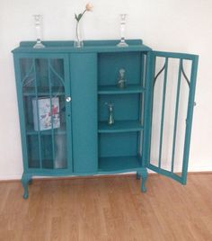 Vintage Shabby Chic Teal Wood Glass Display Cabinet (please see delivery note before buying!)