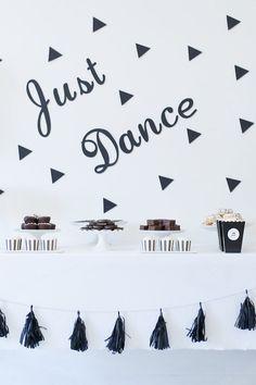 Monochromatic Just Dance Birthday Party on Kara's Party Ideas | KarasPartyIdeas.com (23)