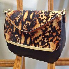 Stylish bag Luz da Lua  #Republica_Moda #Luz_da_Lua #bags #dynamic #vibrant #classy