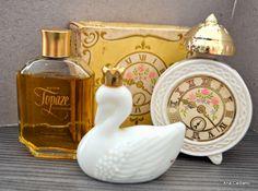Ana Caldatto : Coleção Potes de Talco e Perfumes AVON Vintage ... saudades !
