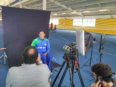 Atleta paralímpico Luis Carlos Cardoso durante entrevista à TV Folha, em São Paulo. #Rio2016 #JogosParalimpicos #Paracanoagem