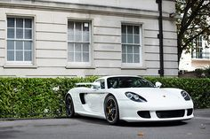 Porsche Carrera GT...yes some cars are just beautiful! My all-time fav