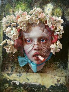Esculturas macabras em bonecas de Nita Collins – BLCKDMNDS