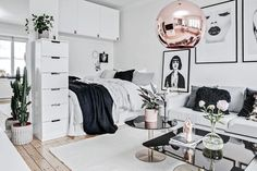 Here are the Scandinavian Interior Decorating Ideas For Small Spaces. This post about Scandinavian Interior Decorating Ideas For Small Spaces … Studio Apartment Decorating, Diy Apartment Decor, Apartment Interior, Apartment Design, Diy Home Decor, Apartment Ideas, Apartment Living, Apartment Layout, Apartment Bedrooms
