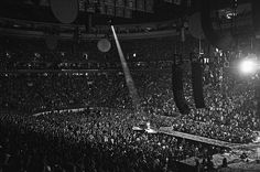 Coldplay, Philly by Thomas Hole