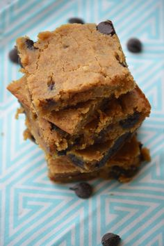 """The Wholesome Foodie: Yummy """"Peanut Butter"""" Blondies!"""