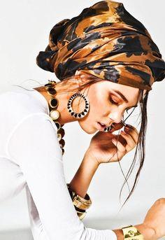 Head scarf - how to 'rock' a very cool scarf turban! Turban Mode, Turban Style, Bad Hair Day, Scarf Hairstyles, Updo Hairstyle, Bride Hairstyles, Hairstyle Ideas, Mode Style, Headgear