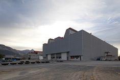 Gallery of Super Alloys / WAM Arquitectos - 10