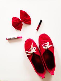 My summer beauty essentials Www.totellyoualie.blofspot.com
