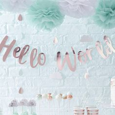 Ginger Ray Rose Gold Hello World Scripted Baby Shower Unisex Bunting Banner - Hello World Baby Shower Chic, Baby Shower Floral, Baby Shower Party Deko, Baby Shower Unisex, Baby Shower Bunting, Cute Baby Shower Ideas, Beautiful Baby Shower, Shower Banners, Baby Shower Party Supplies