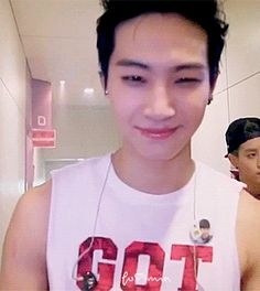 #JB #GOT7. Stop! Just stop! Gosh...... You sexy piece of shit!