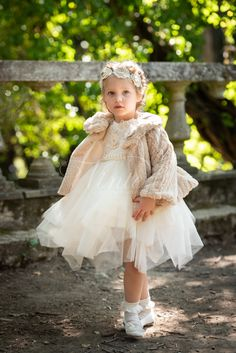Girls Dresses, Flower Girl Dresses, Girl Falling, Kids Fashion, Fall Winter, Wedding Dresses, Vestidos, Party, Bebe