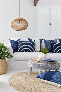 Living room inspiration | Coastal styling | Indigo blue décor accents | Source: The Design Villa ♥ visit www.wishtank.co.za for more home décor ideas and inspiration
