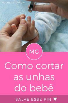 Unhas do bebe   Como cortar as unhas do bebê   Pressionar para baixo a pontinha dos dedos do bebê diminui o risco de pegar a pele durante o corte das unhas. Veja outras dicas: