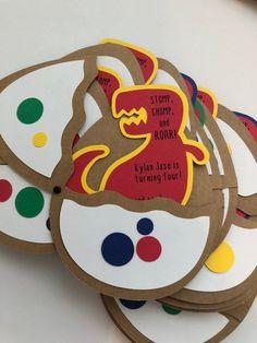 Items similar to Dinosaur Birthday Invitations- Trex on Etsy Girl Dinosaur Birthday, Baby Boy Birthday, Dinosaur Birthday Invitations, Birthday Party Themes, Bubble Guppies Birthday, Ideas Originales, Bernardo, Jungles, Cricut Cards